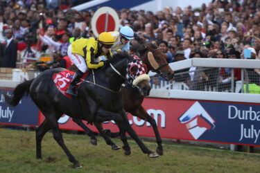 Power King overcomes wave of drama to win the 2015 Durban July